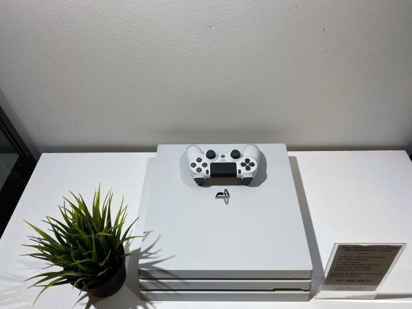 Sony PlayStation 4 Pro 500GB !SSD! fehér ( PS4 Pro ), megkímélt, hibátlan, dobozával! - használt